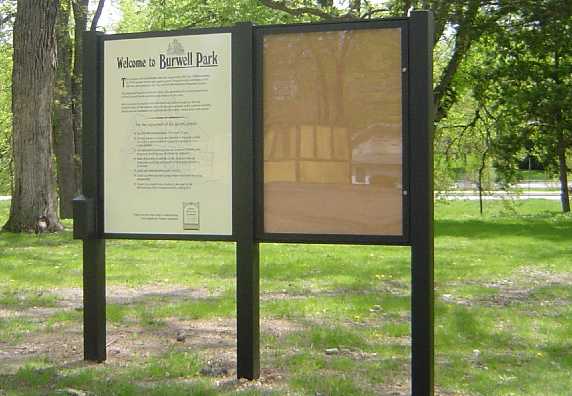 Double upright and bulletin park sign